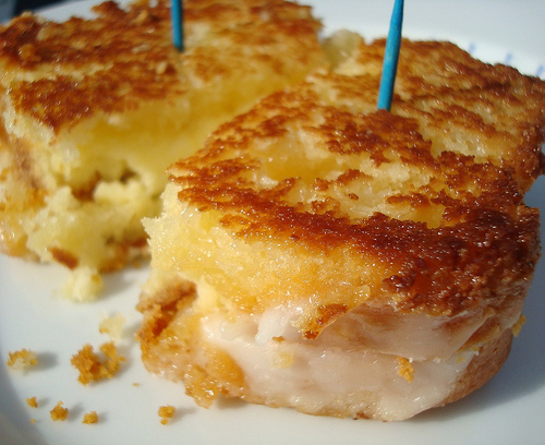 grilled-cheesecake-sandwich
