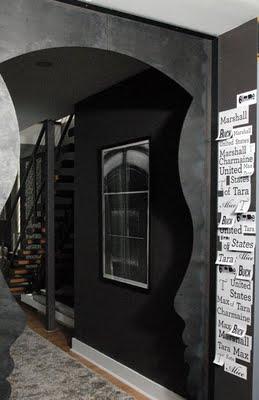 Entrance to US of Tara Duplex