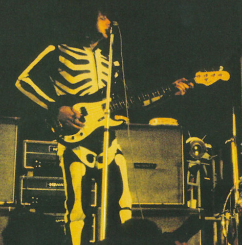 John Entwistle Skelteon