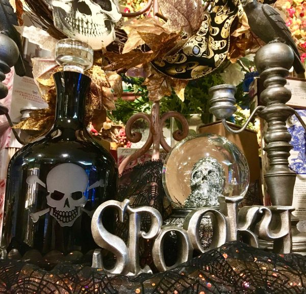 halloween table top display photo by gail worley