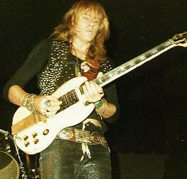 Glen Buxton with Guitar 1972