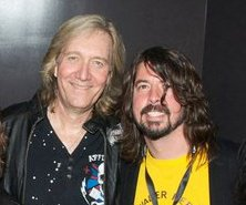 Neal Smith and Dave Grohl 2011