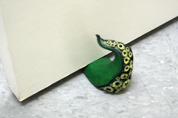 tentacle doorstop