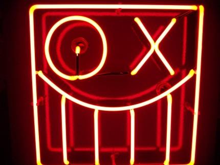 Andre Graffiti in Neon