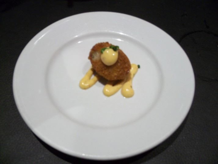 Amuse Bouche Arancini in Spicy Remoulade