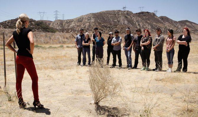Cast and Mac in Desert 403