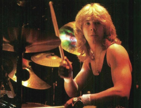 Clive Burr on His Kit