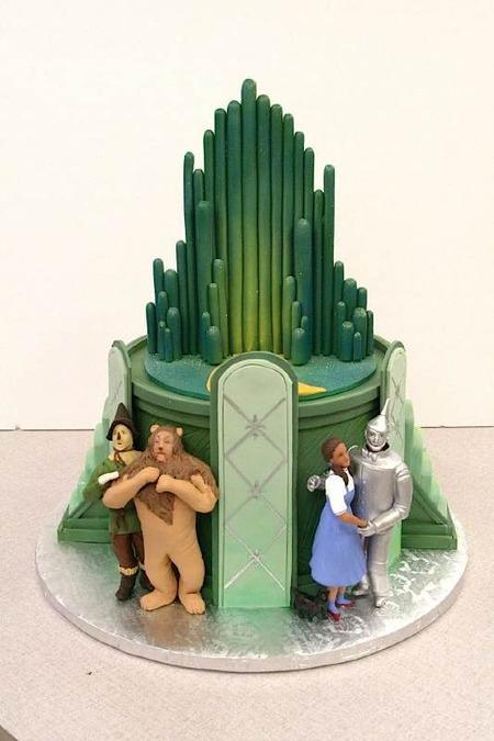 Wizard of Oz Cake Back
