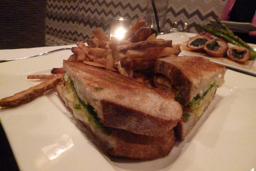 Ivy Grill Cheese and Chicke