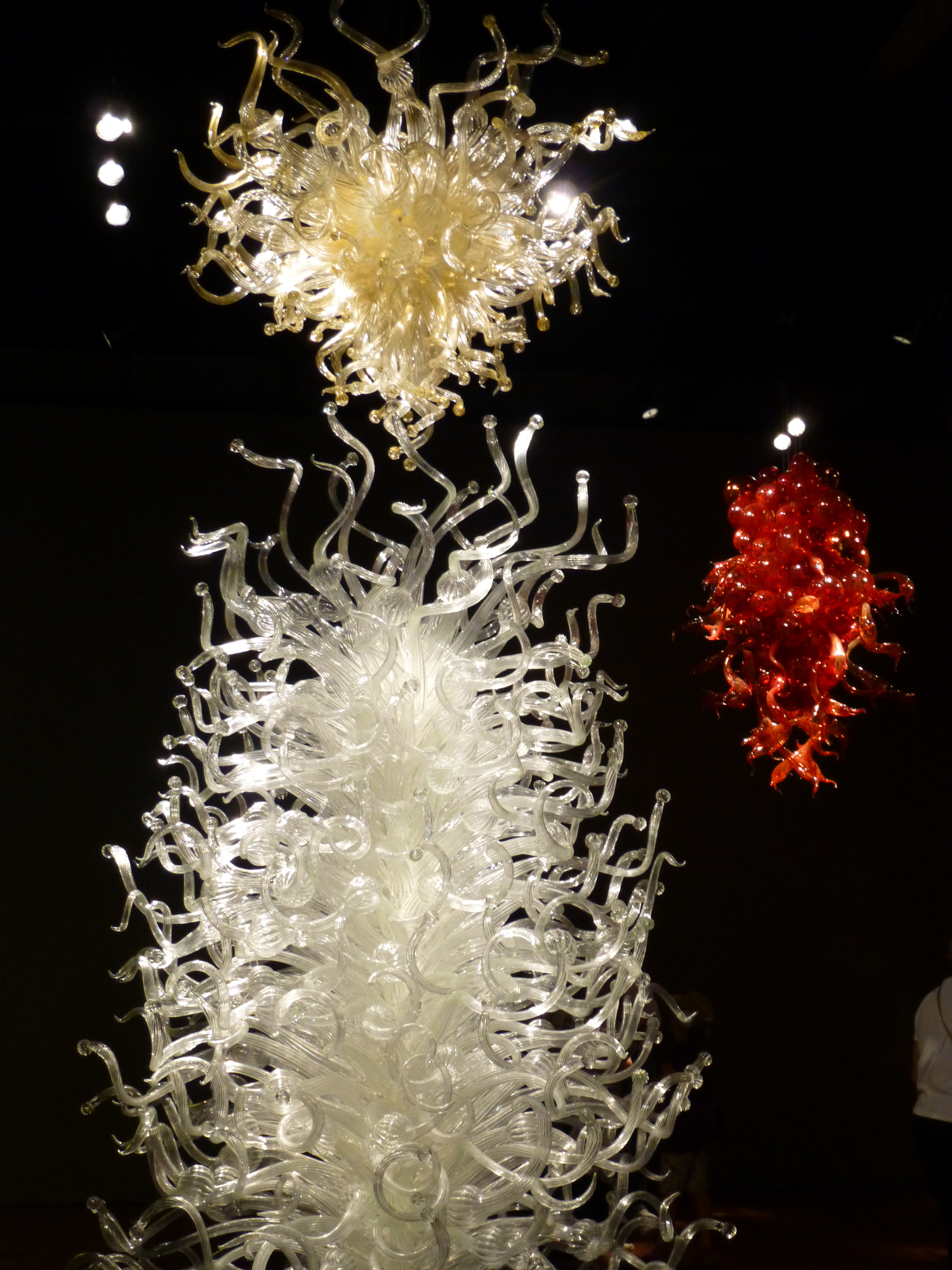 Must See Seattle Attraction Chihuly Garden And Glass