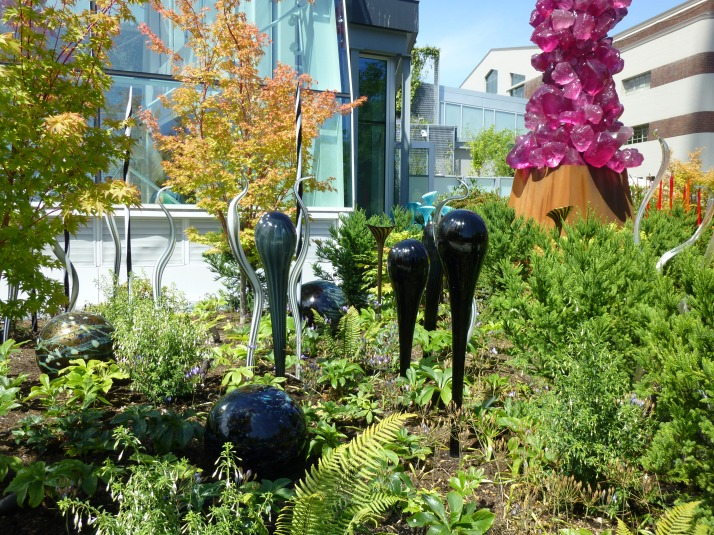Must See Seattle Attraction: Chihuly Garden and Glass | The Worley Gig