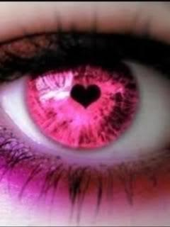 Hear Shaped Pupil on Pink Iris