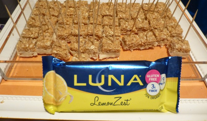 Luna Lemon Bar