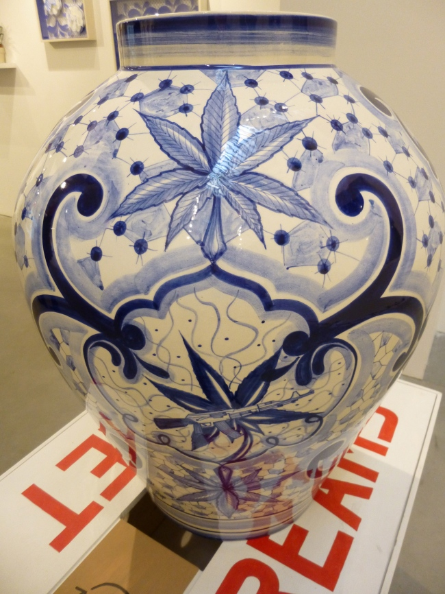 Pot Urn Detail