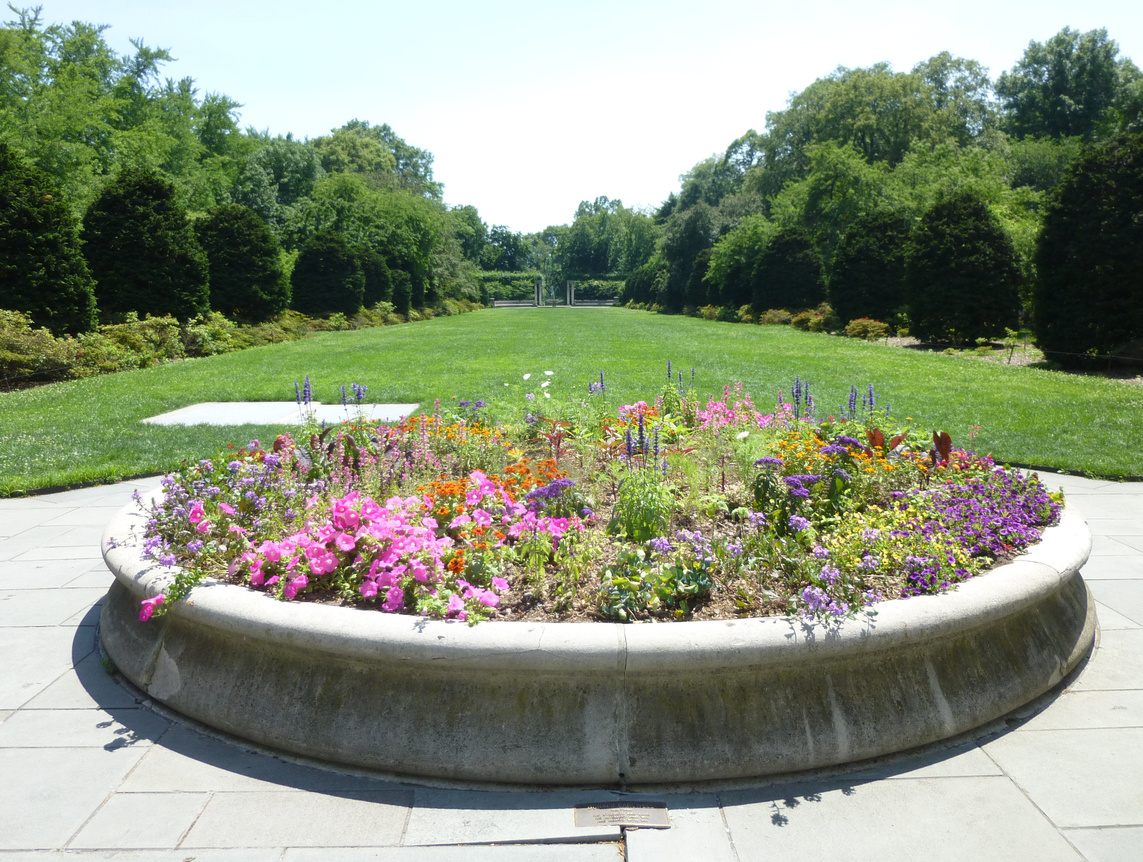 Brooklyn botanical garden flatbush entrance garden ftempo - Brooklyn botanical garden admission ...