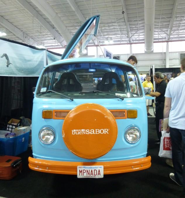 Buen Sabor Empanada Bus