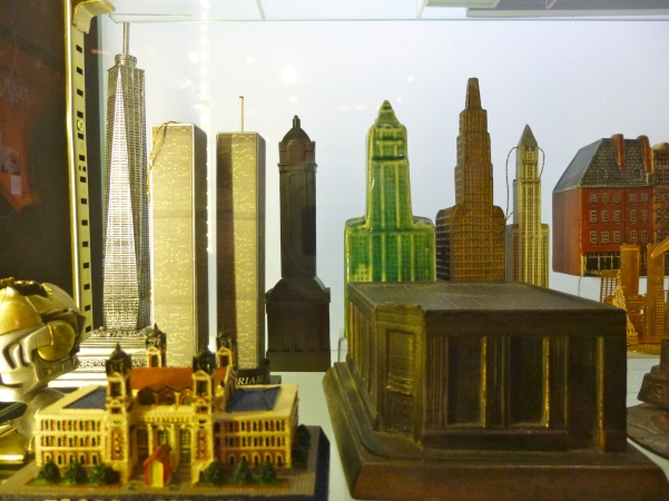 Souvenir Building Collection Detail