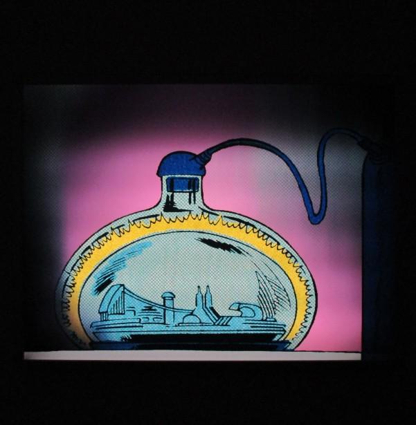 Lenticular Print Blue Bottle