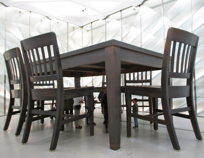Robert Therrien, Under the Table 1994