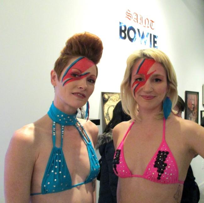 Bowie Bikini Girls