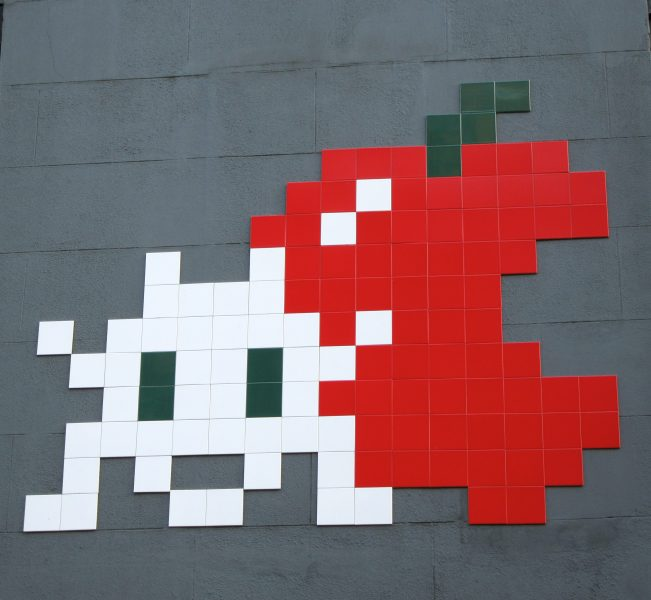 Invader Apple