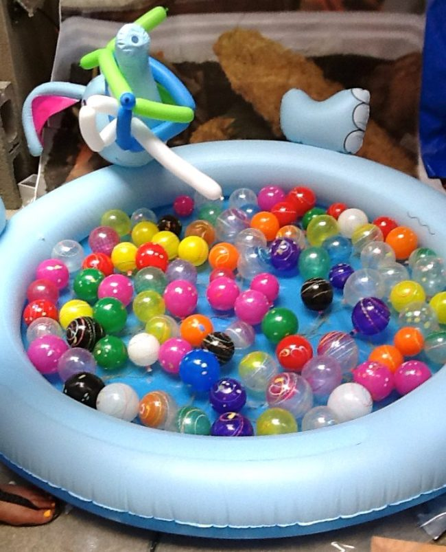 Kiddy Pool with Balls