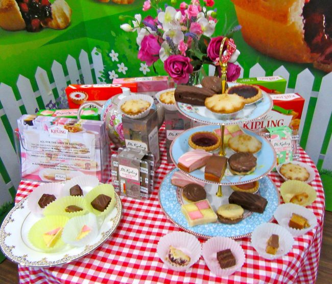 Mr Kipling Cakes Display