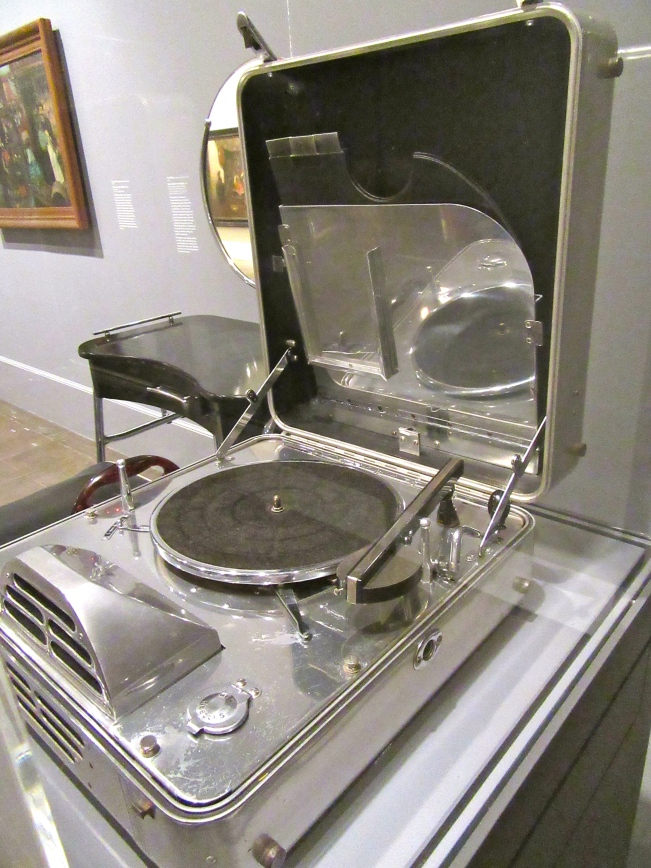Portable Electric Phonograph