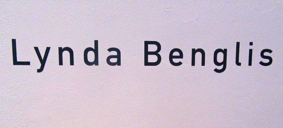 Lynda Benglis Signage