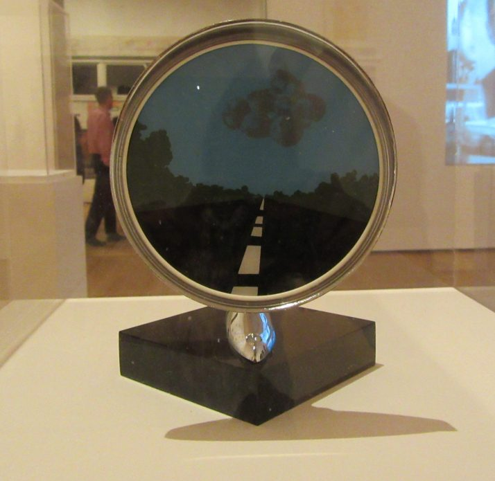 Side-View Mirror 1