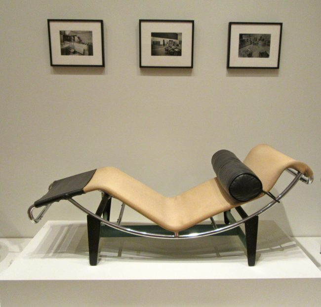 Chaise Lounge LC/4