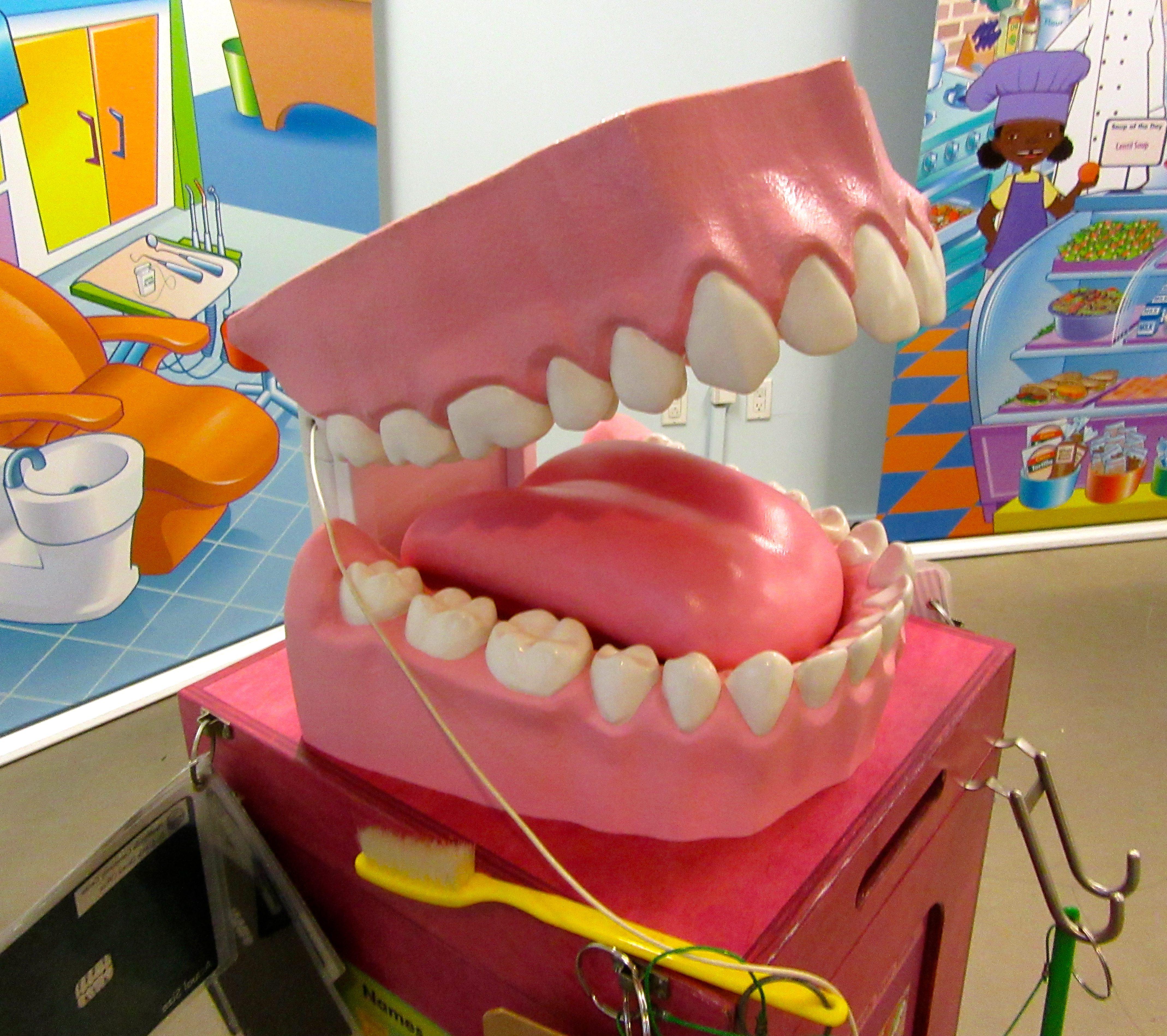 Teeth The Worley Gig