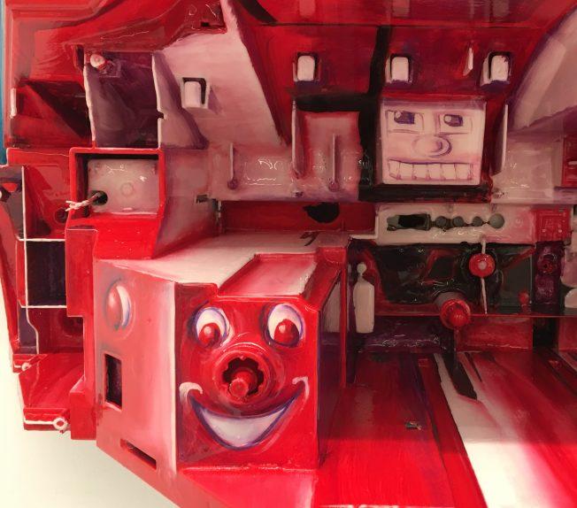 TV Bax Red Detail