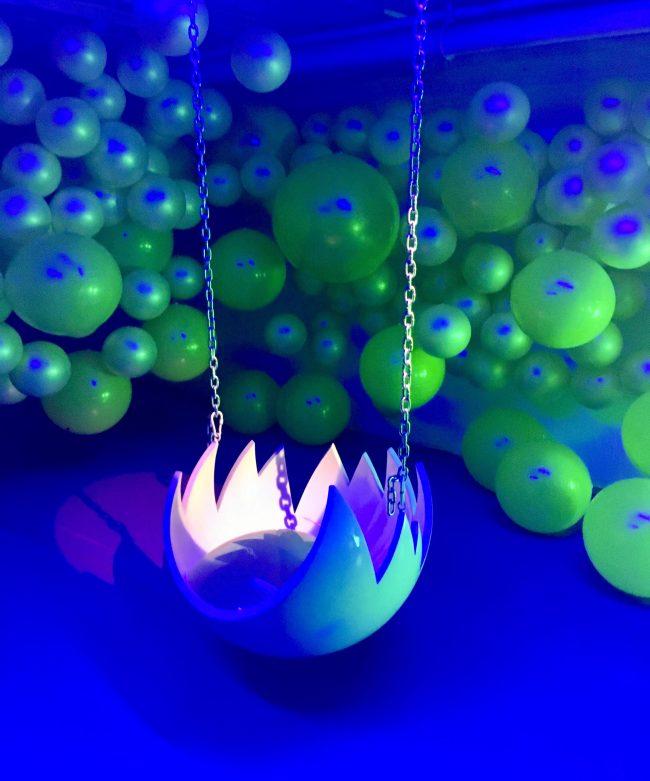 Egg Swing