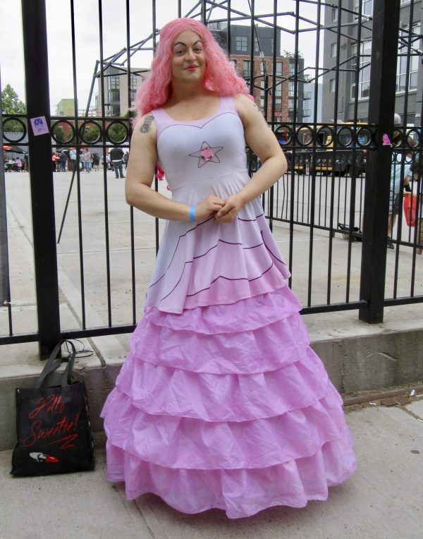 Rose Quartz Cosplayer