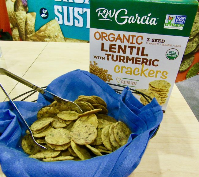 RW Garcia Organic Lentil and Turmeric Crackers