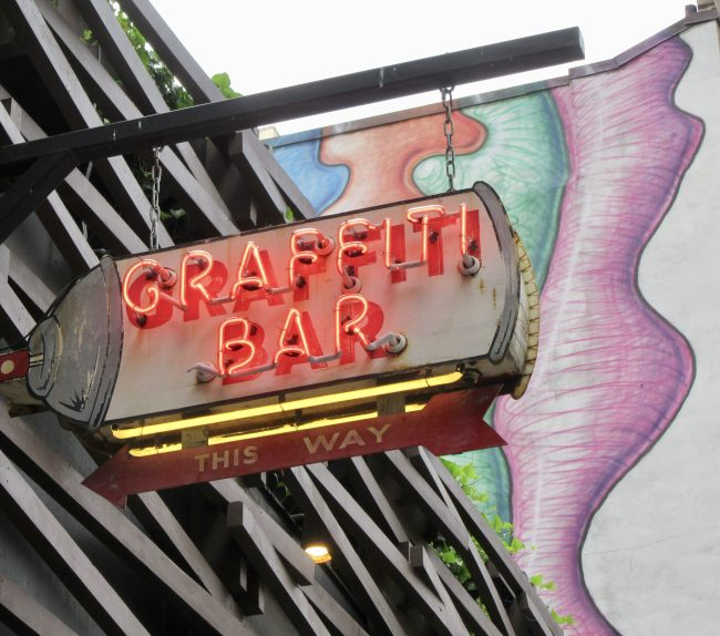 Graffiti Bar