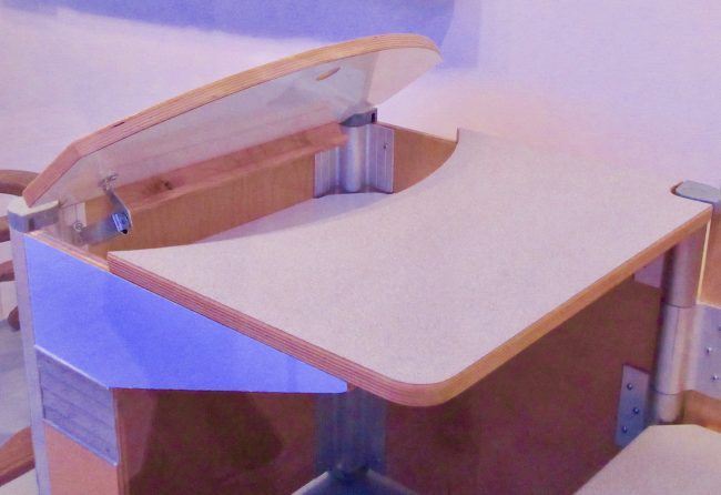 Workbox School Desk Detail