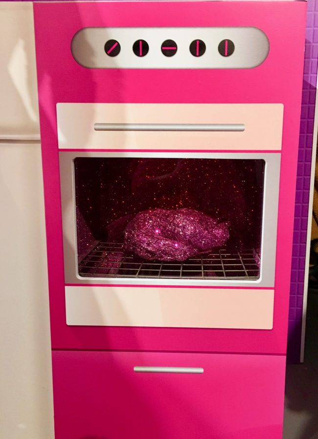Barbie's Pink Oven