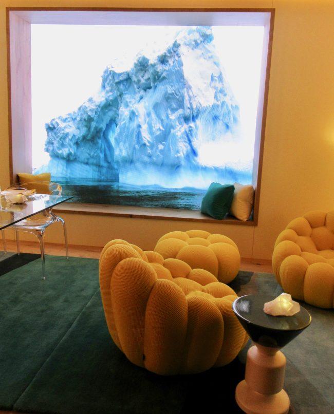 Roche Bobois Window Seat