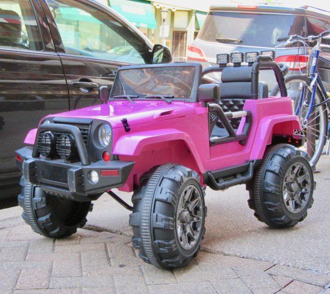 Miniature Pink Jeep