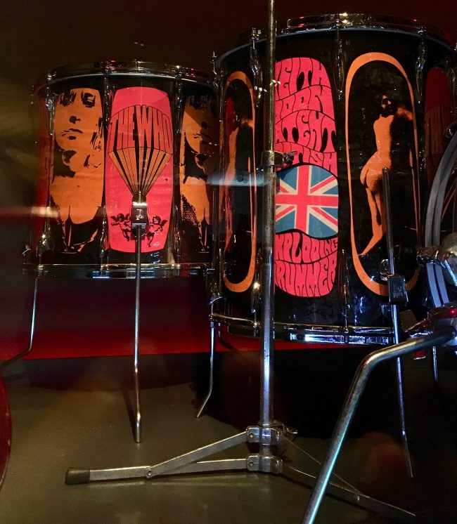 Pictures of Lily Floor Tom Detail
