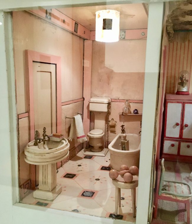 stettheimer dollhouse bathroom photo by gail worley