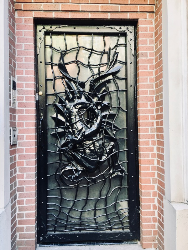 dragon door photo by gail